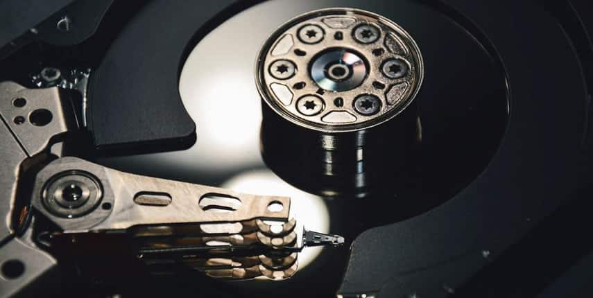 Activar caché de escritura en discos duros