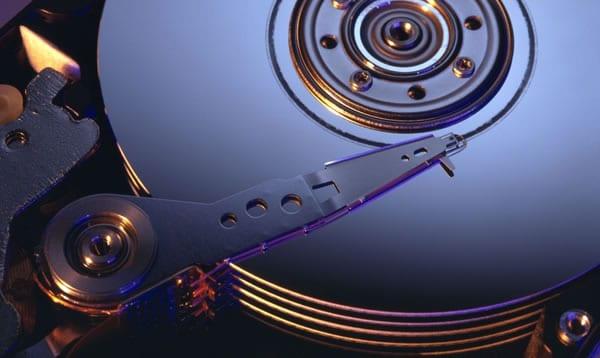 Uso de espacio en el disco duro para Restaurar sistema